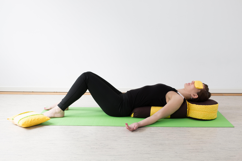 Упражнения для лица йога