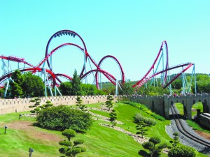 Rollercoaster_dragon_khan_universal_port_aventura_spain